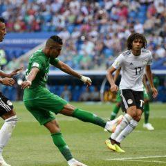 8cafa97c7f Arábia Saudita vira o jogo e vence Egito na Arena Volgograd  veja os gols